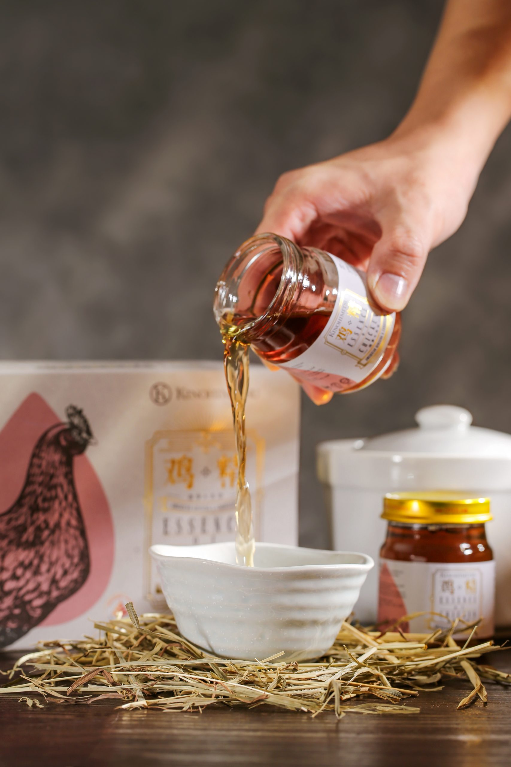 Top 4 amazing benefits of drinking Chicken Essence
